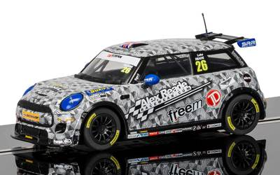 BMW Mini Cooper F56, Mini Challenge 2016 – Luke Reade #26 1/32 Slot Car