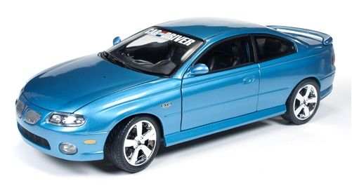 '04 Pontiac GTO Coupe Car & Driver 1:18 Die Cast