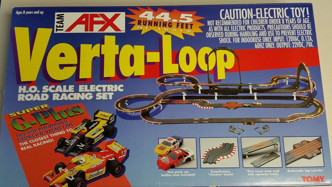 AFX Verta-Loop Race Set