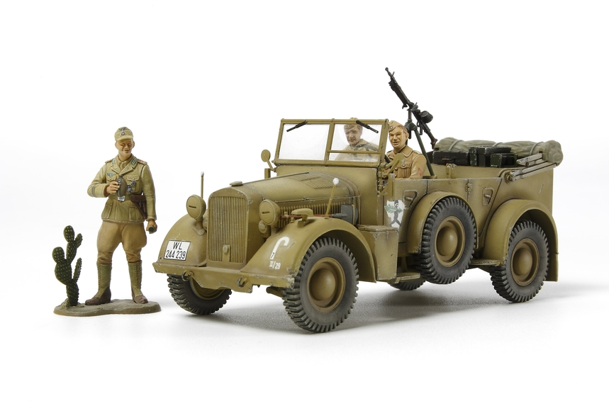 "German Horch Kfz.15 ""North Africa Campaign"" 1/35 Plastic Model Kit"